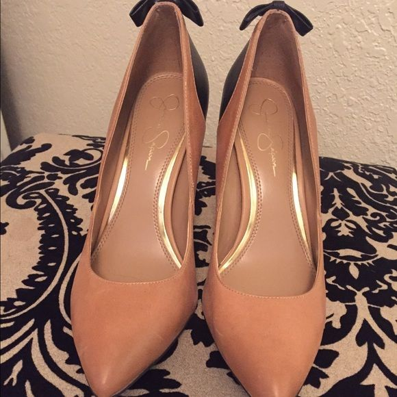 Jessica Simpon Bow Heels Worn a few times! Jessica Simpson Shoes