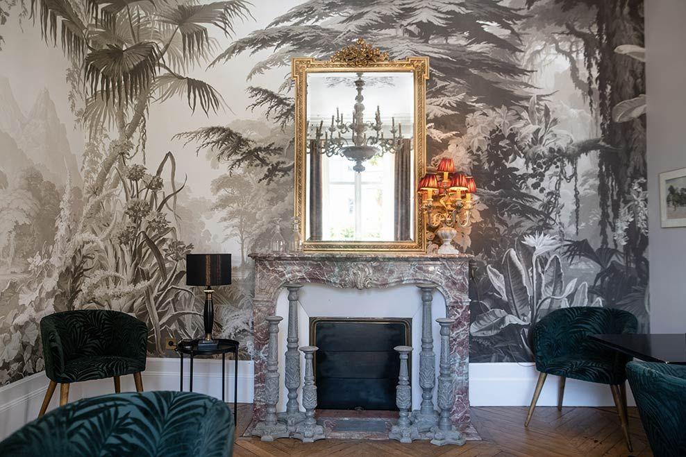 Maison D Hotes Maison Blanche A Chartres Projet De La Maison De Decoration Mise En Valeur C L Instant Present Papie En 2020 Papier Peint Maison D Hotes Maison