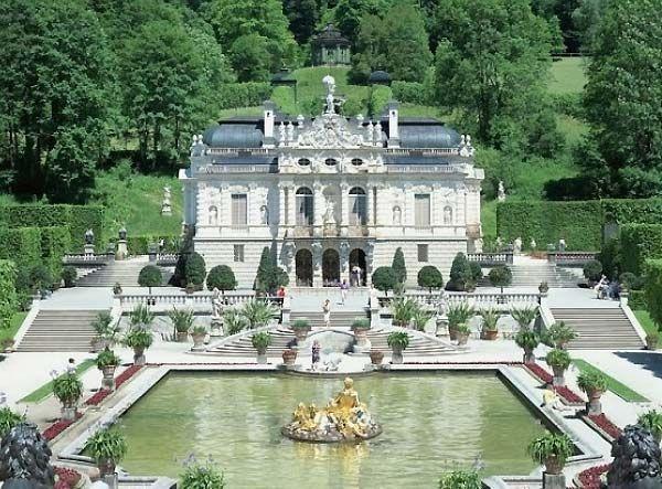 Călătoresti Spre Munchen Trebuie Să Vizitezi Cele 3 Castele Incredibile Ale Regelui Nebun Places Around The World Dream Vacations Castle