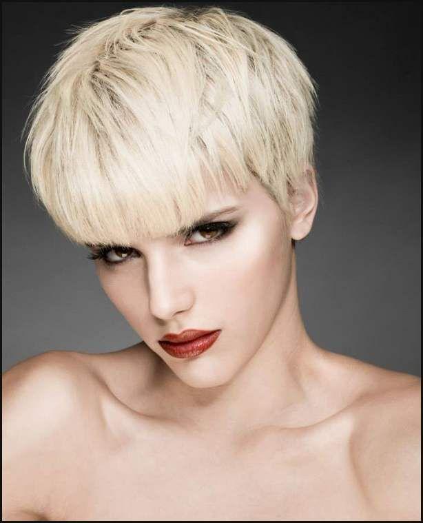 Blonde Kurze Haare 2018 2019 Einfache Frisuren Frisur Kurze