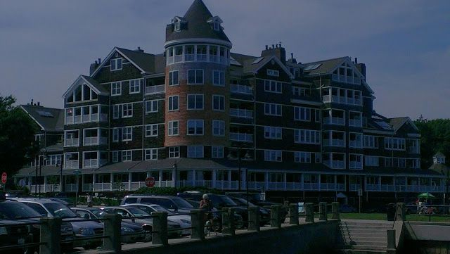Old Hotel Now Condo S In Jamestown Ri