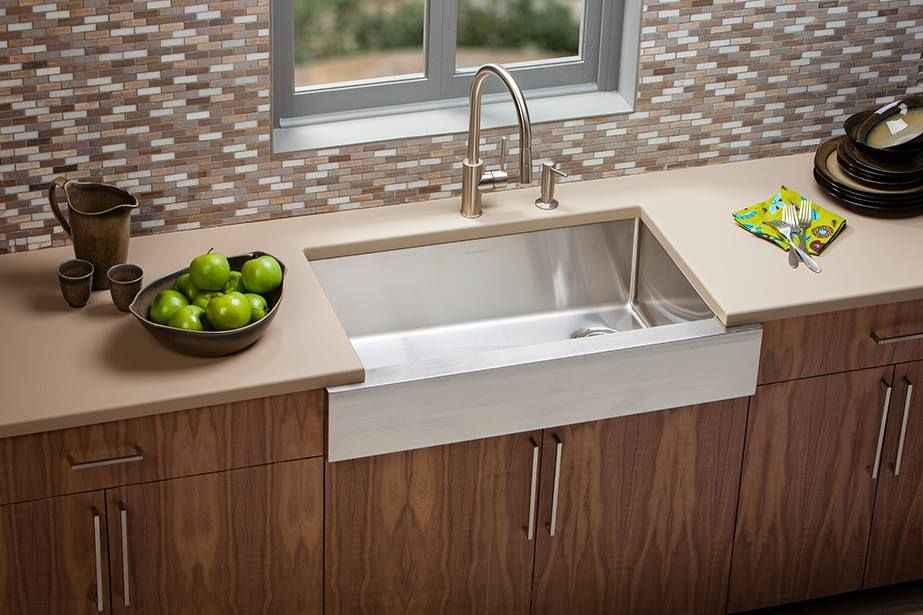 Ferguson Kitchen Sinks The hilliard ohio ferguson showroom has everything you need for each of elkayrsquos nine undermount styles in its new crosstown kitchen sink series has a front to back bowl dimension 15 millimeter cornersnbspfor workwithnaturefo