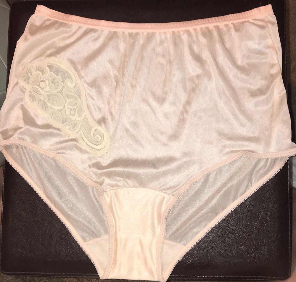 e72e5a497d9c VTG Vanity Fair Antron III Nylon Brief Granny Panties Size 6 Lace Appliqué  | eBay