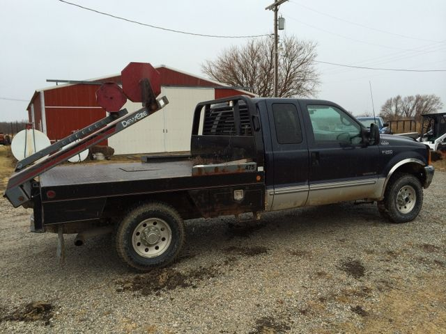 99 F250 Xlt With 475 Deweze Bale Bed Kelly S Nextech Classified