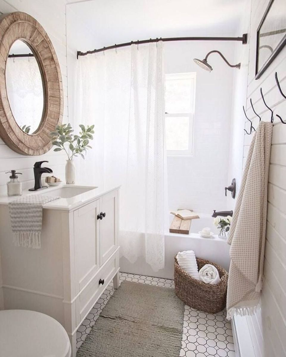 Beautiful Farmhouse Bathroom Ideas 17 | Industrial Bathroom Decor ...