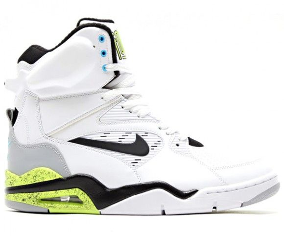 Nike Air Command Force Volt aka BILLY HOYLE The White man can't jump edition