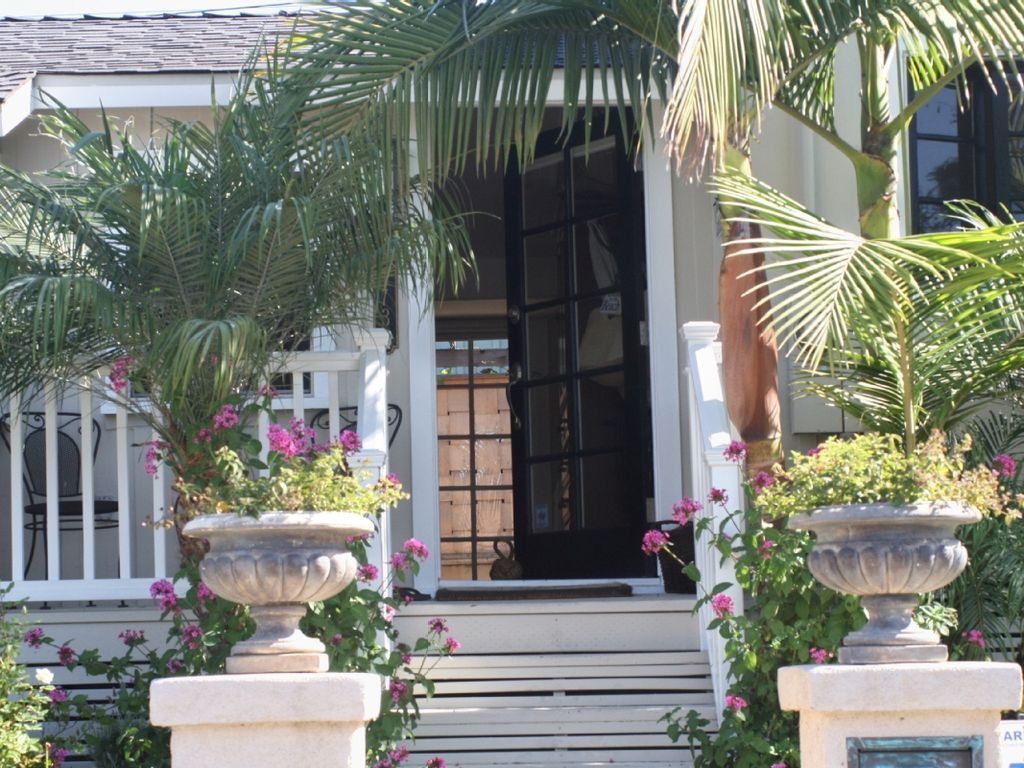 rent beach in vacation rentals cottage oceanfront cottages laguna houses for home