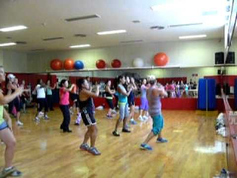 """""""Proud Mary"""" Zumba routine - Fun! I like how the same choreography repeats, just speeds up along with the song."""
