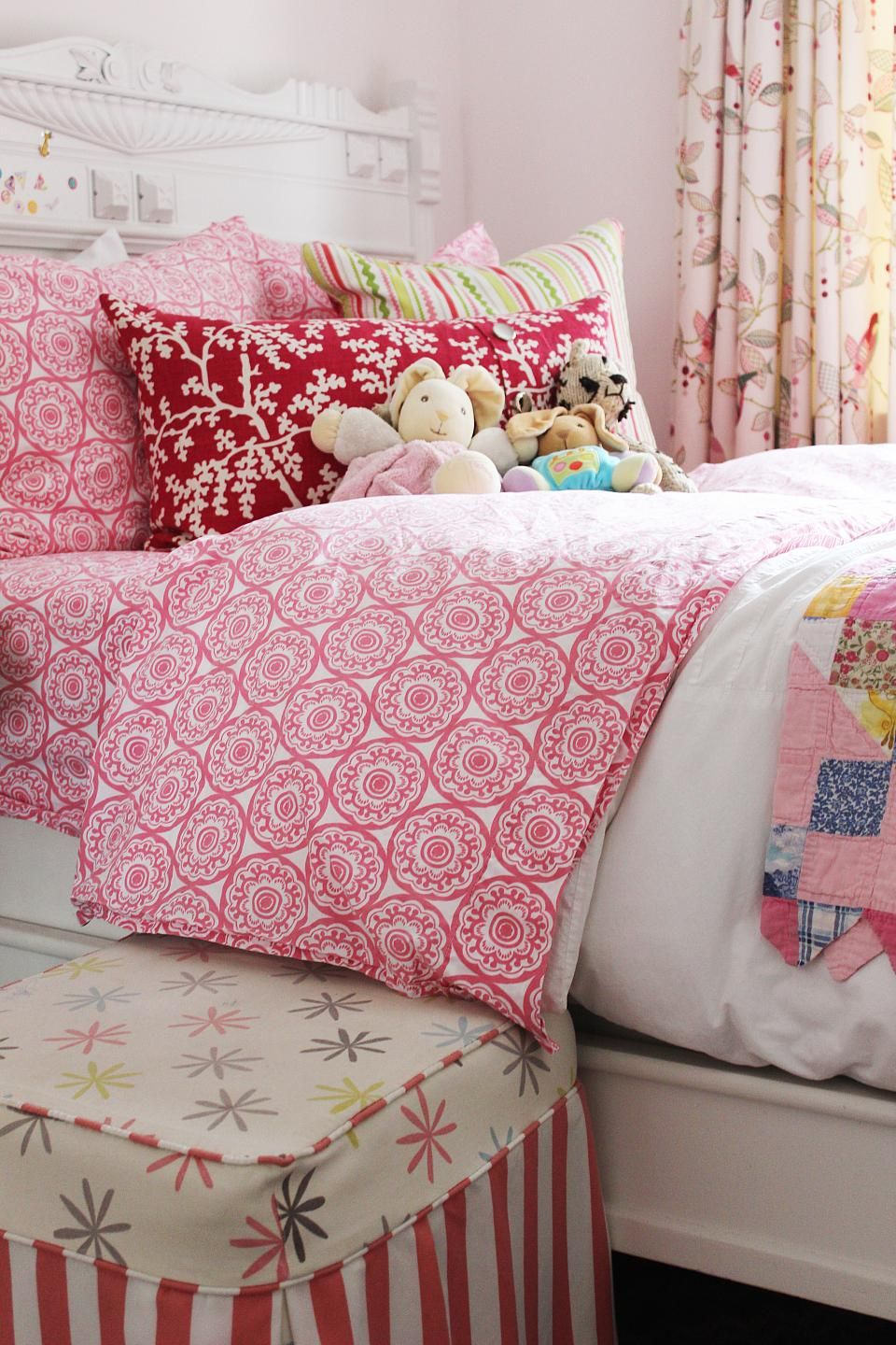 Teenage Rooms: Sweet As Pie And Pretty In Pink, Sophie's Room Is A