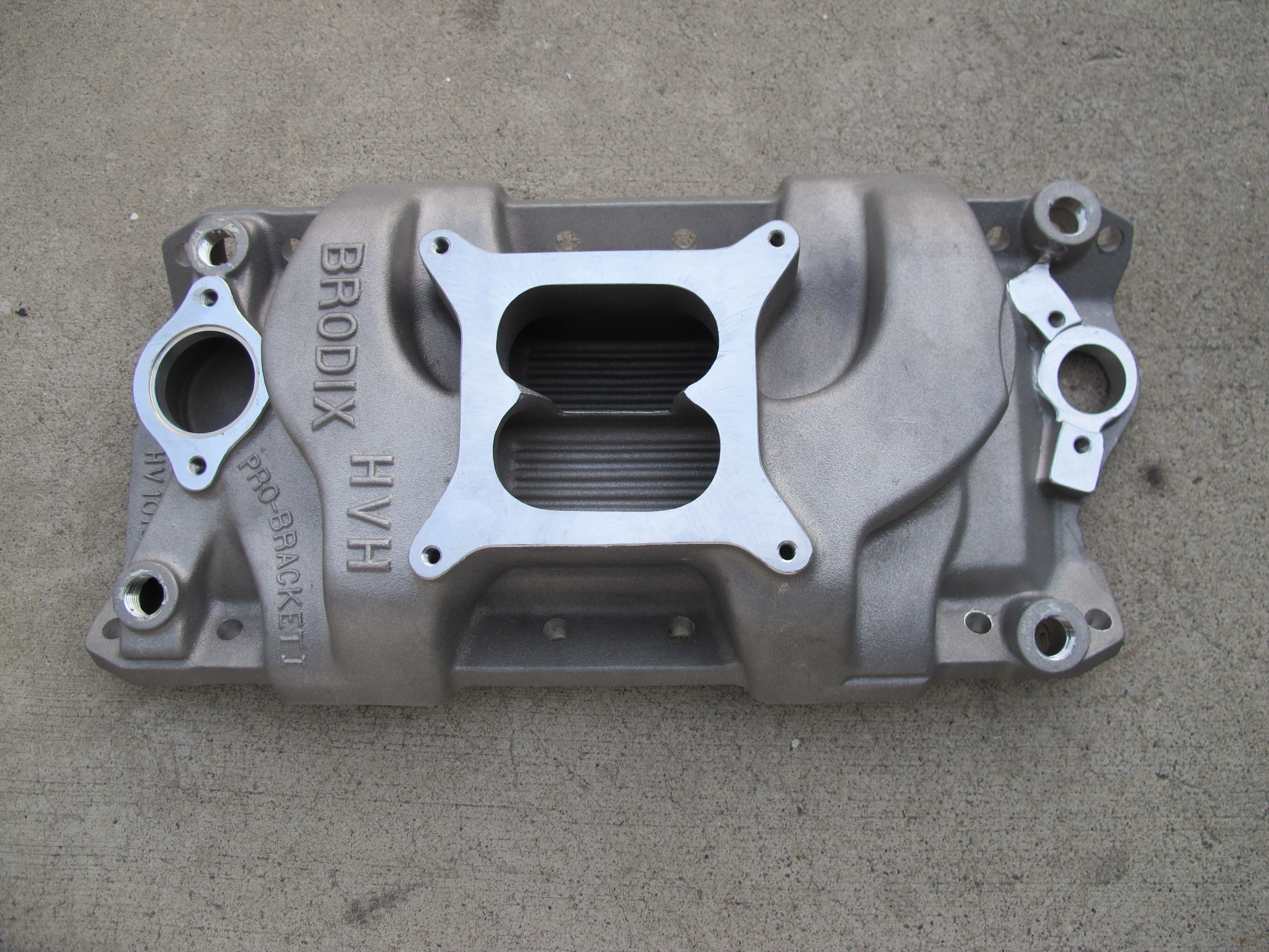 Brodix HV1016 for the Wagon! The best dual plane small block