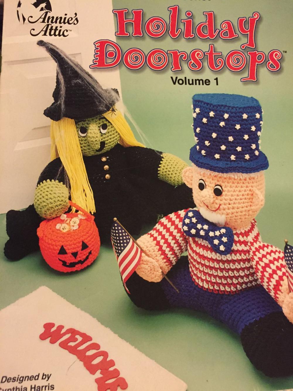 Annie´s Attic Crochet Holiday Doorstops Volume 1 Pattern