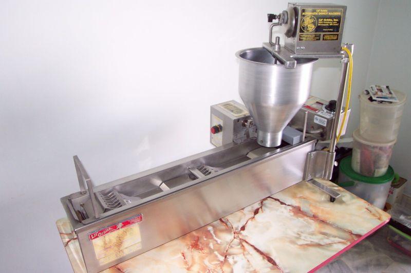 Lil Orbits SS1200 Mini Donut Machine 220V #machine #donut