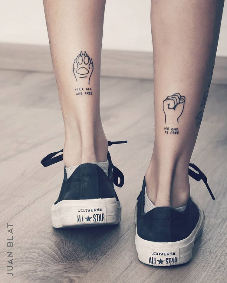 🦊 . . . #cooltattoo #cooltattos #tillallarefree #tatuajeschulos #patadeosoconformadepatadeperro #nooneisfree # 🐁💨.. . . . # 🐈.. . . . #💙
