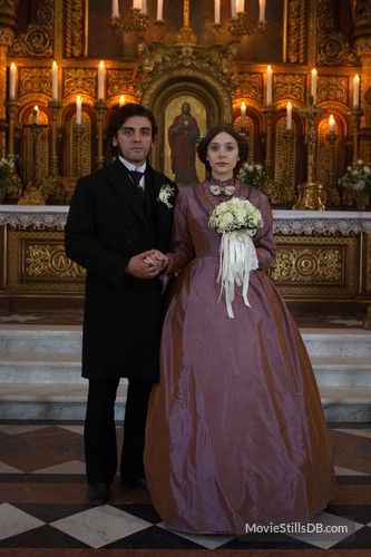 In Secret Publicity Still Of Oscar Isaac Elizabeth Olsen Elizabeth Olsen Oscar Isaac Beautiful Costumes