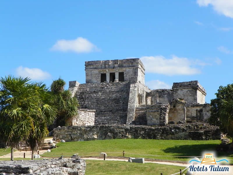 El Castillo > Tulum