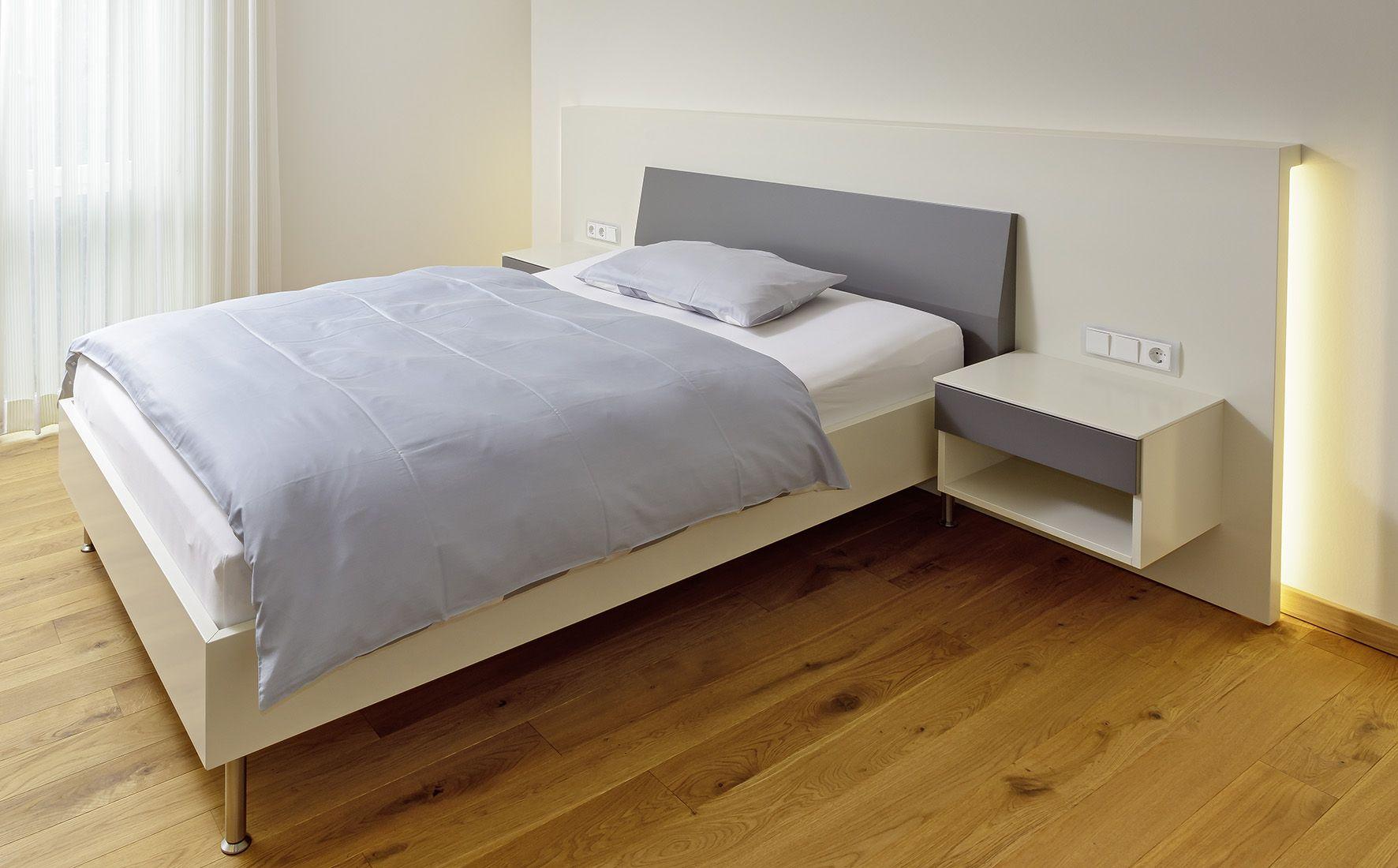 Bett Mit Kopfteil Und Beleuchtung Wohnen Mobel Nach Mass Hintergrundbeleuchtung
