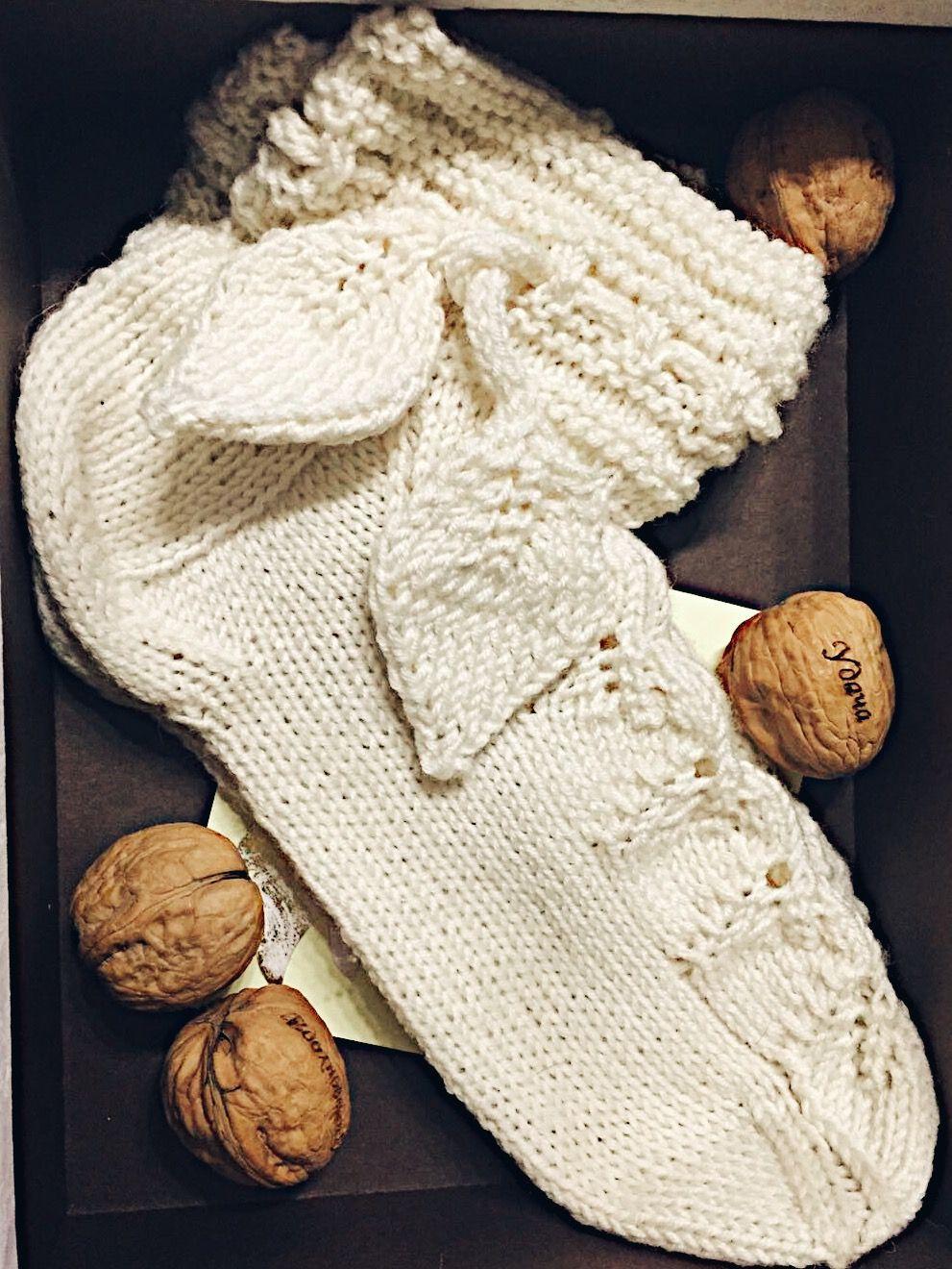 Leaf socks | Patrones | Pinterest | Socks and Leaves