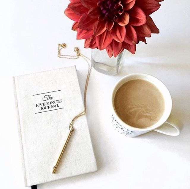 The five minute journal - Start each day with gratitude