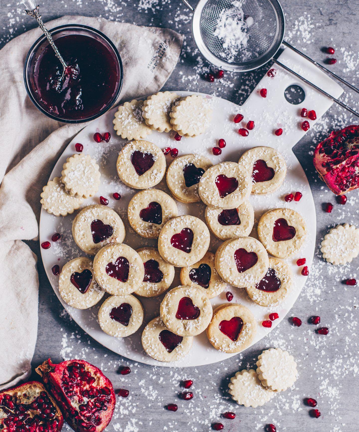 leckere vegane kekse mit marmeladenf llung spitzbuben. Black Bedroom Furniture Sets. Home Design Ideas