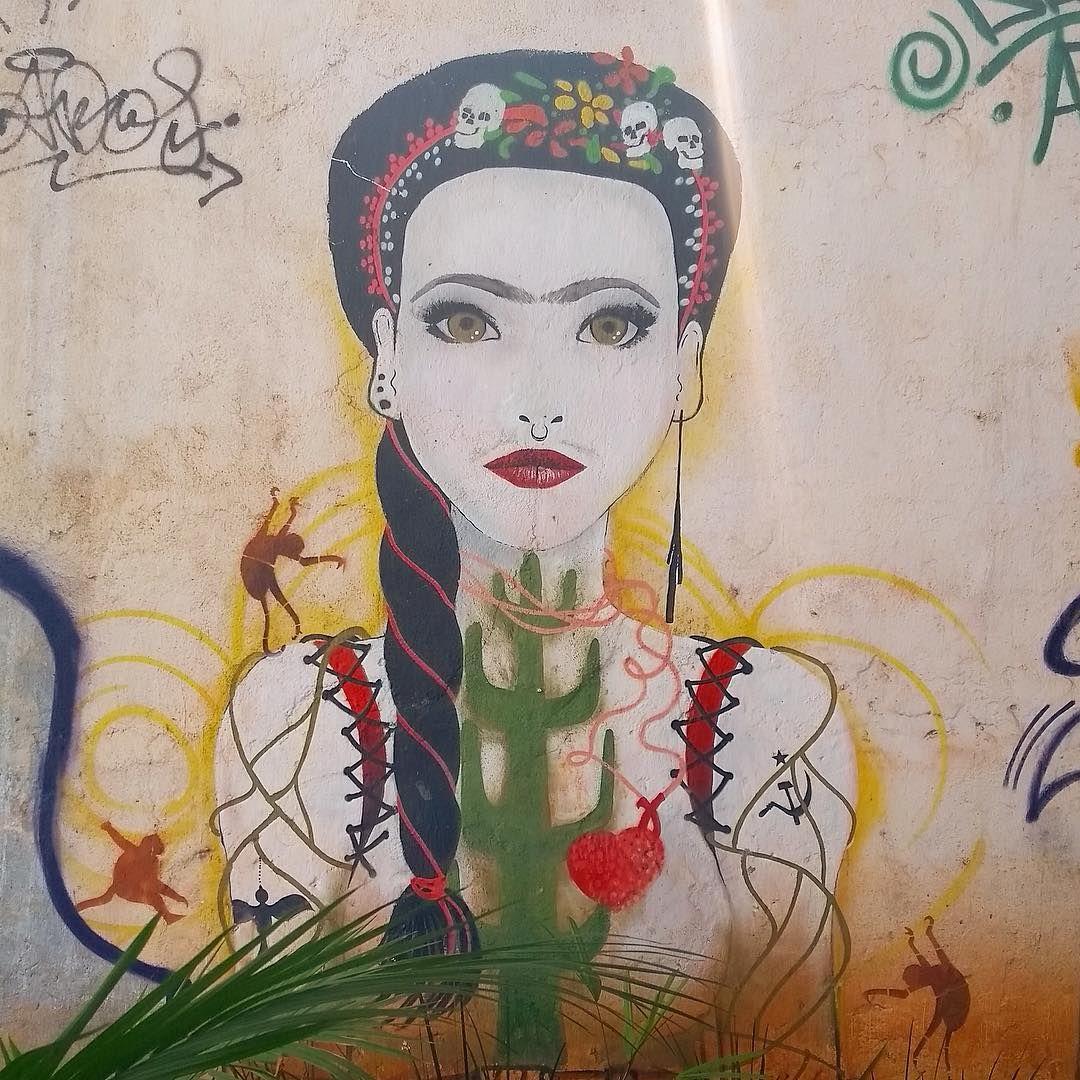 Das coisas que mais amo em São Paulo!!! ❤️🎨🙏🏻 #fridakahlo #frida #fridafeelings #grafitti #grafite #streetart #arteurbana #mural