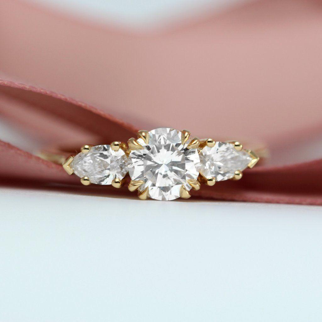 Bộ trang sức bạc ngọc trai hoa năm cánh | dây chuyền bạc | Pinterest