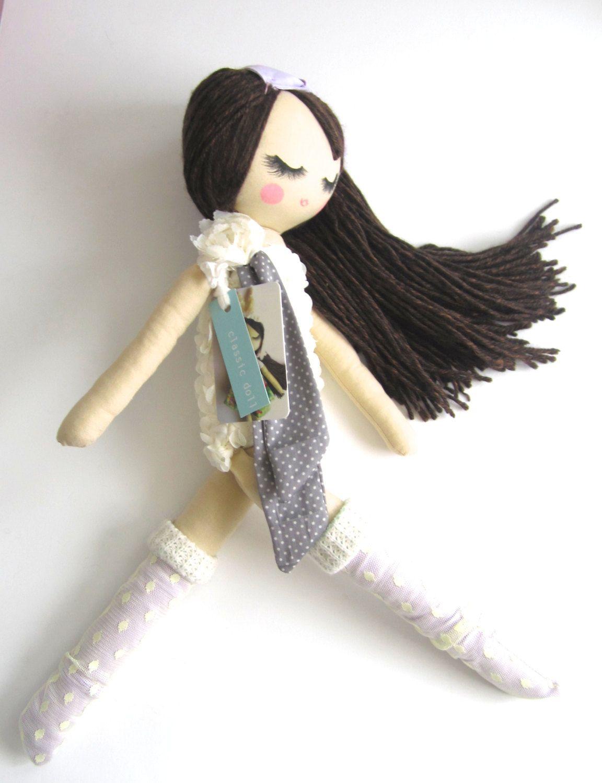 Round up of handmade dolls- perfect gift //petitapetitandfamily.com ...