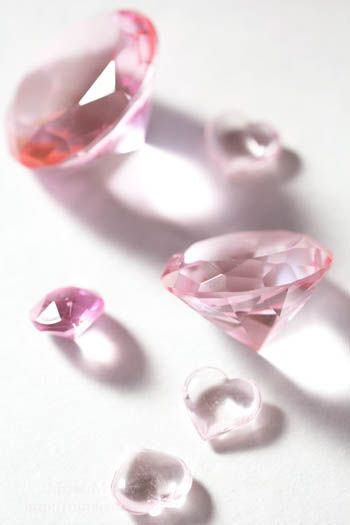 Pink Heart Beads & Crystal Glass Diamonds ピンクのハートビーズとガラスダイヤモンド