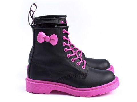 Hello Kitty Dr Martens!