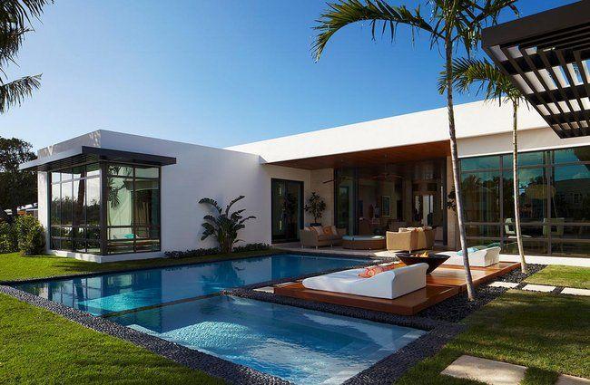 Casas modernas 2017 120 im genes de exteriores e for Fotos de casas con piscina interior