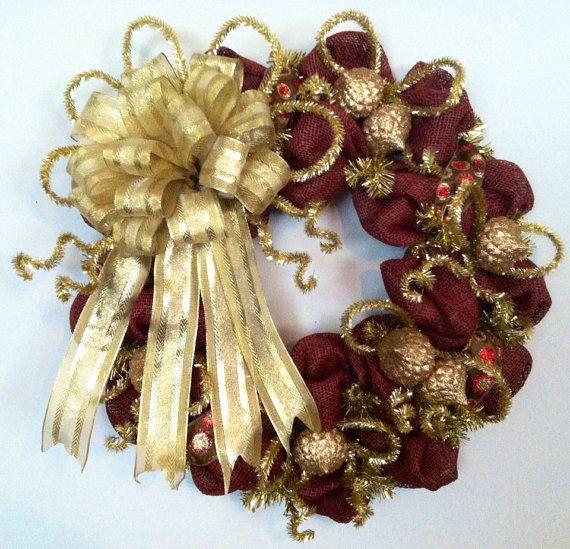 Burgundy Black And Wreaths Gold Christmas