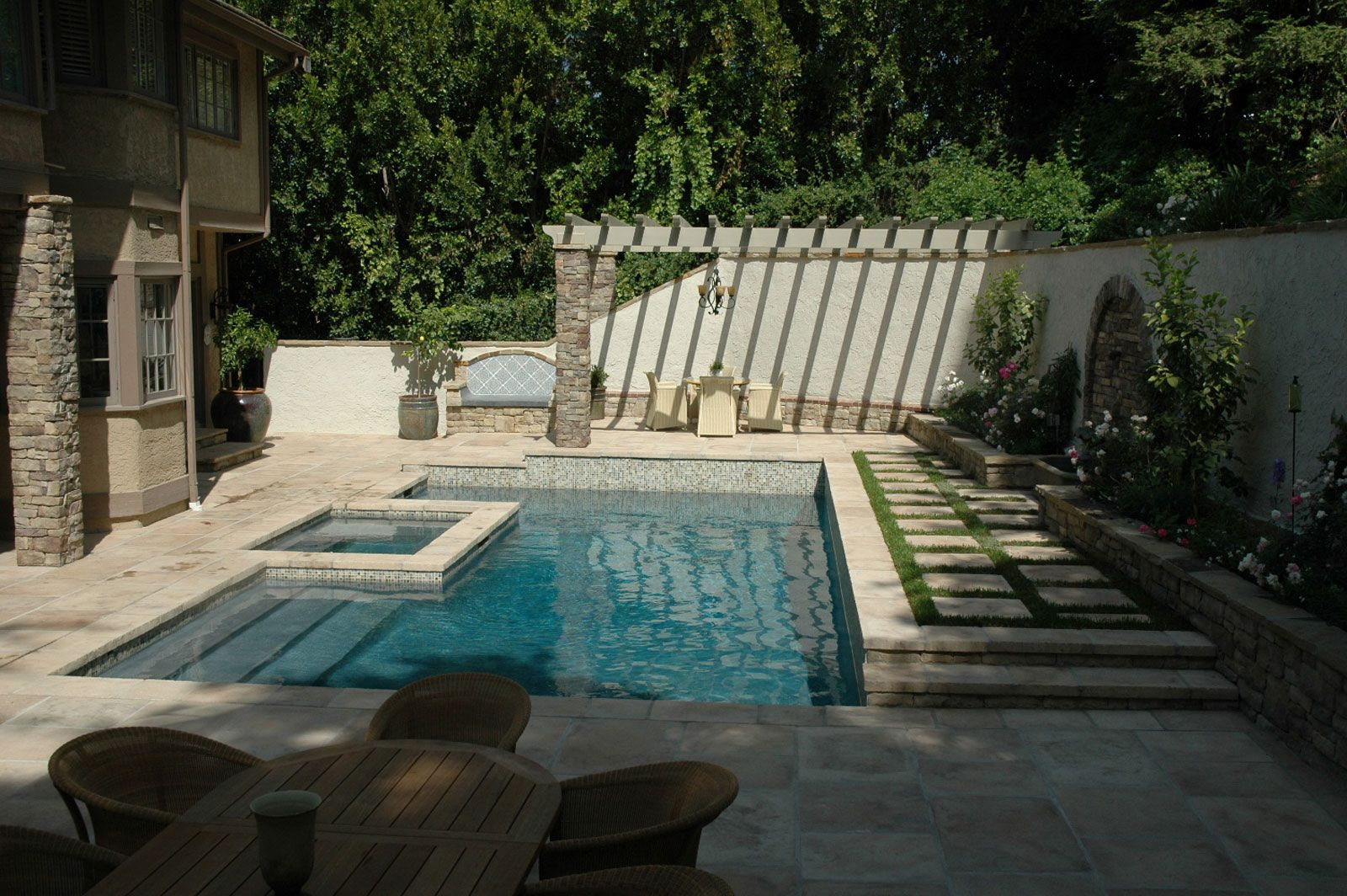 Rectangular pool spa raised deck grass w stepping for Pool design names