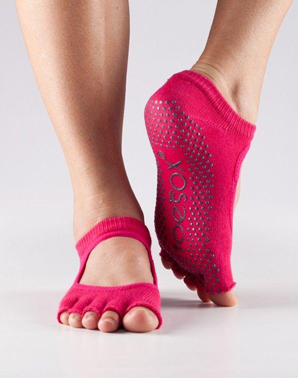 17++ Natural fitness grip socks inspirations