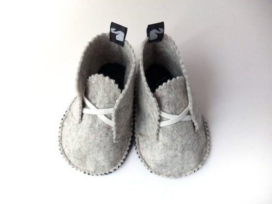 0c97b26e8444 Felt Baby Shoes PDF Pattern Free Easy Video Tutorial