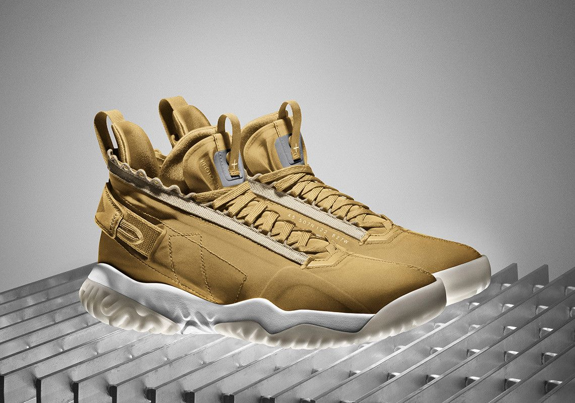 air jordan proto max 720 gold