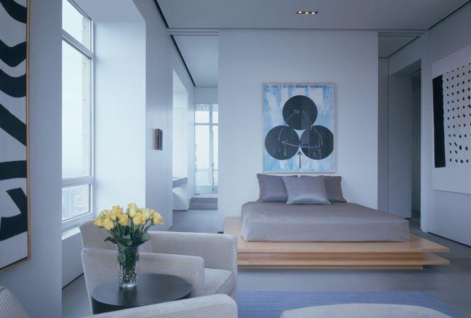 Chicago bedroom by Linda Bedell.