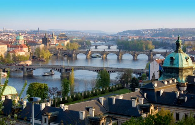 Private Transfers Between Budapest And Prague Http Transferbudapesthungary Com Budapest To Prague Transport Transfer Taxi Prague City Prague Transport City