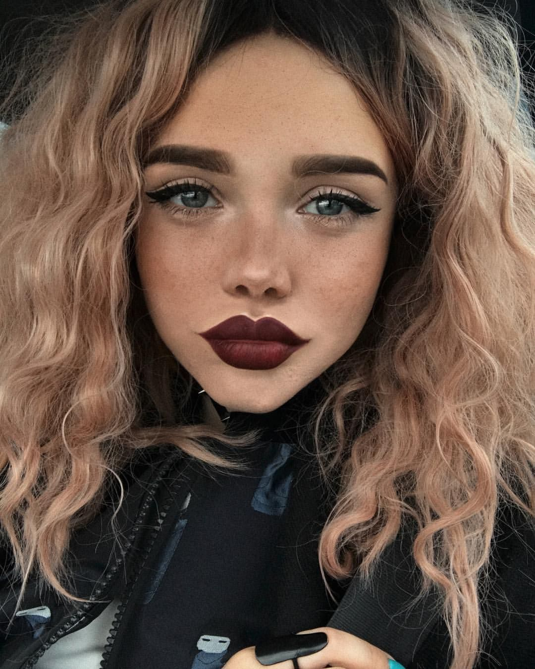 StonexoxStone Instagram Pinterest Cabello y maquillaje