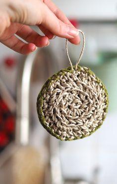 Photo of Putzschwamm mit Paketschnur und Baumwolle häkeln | knopfkatz