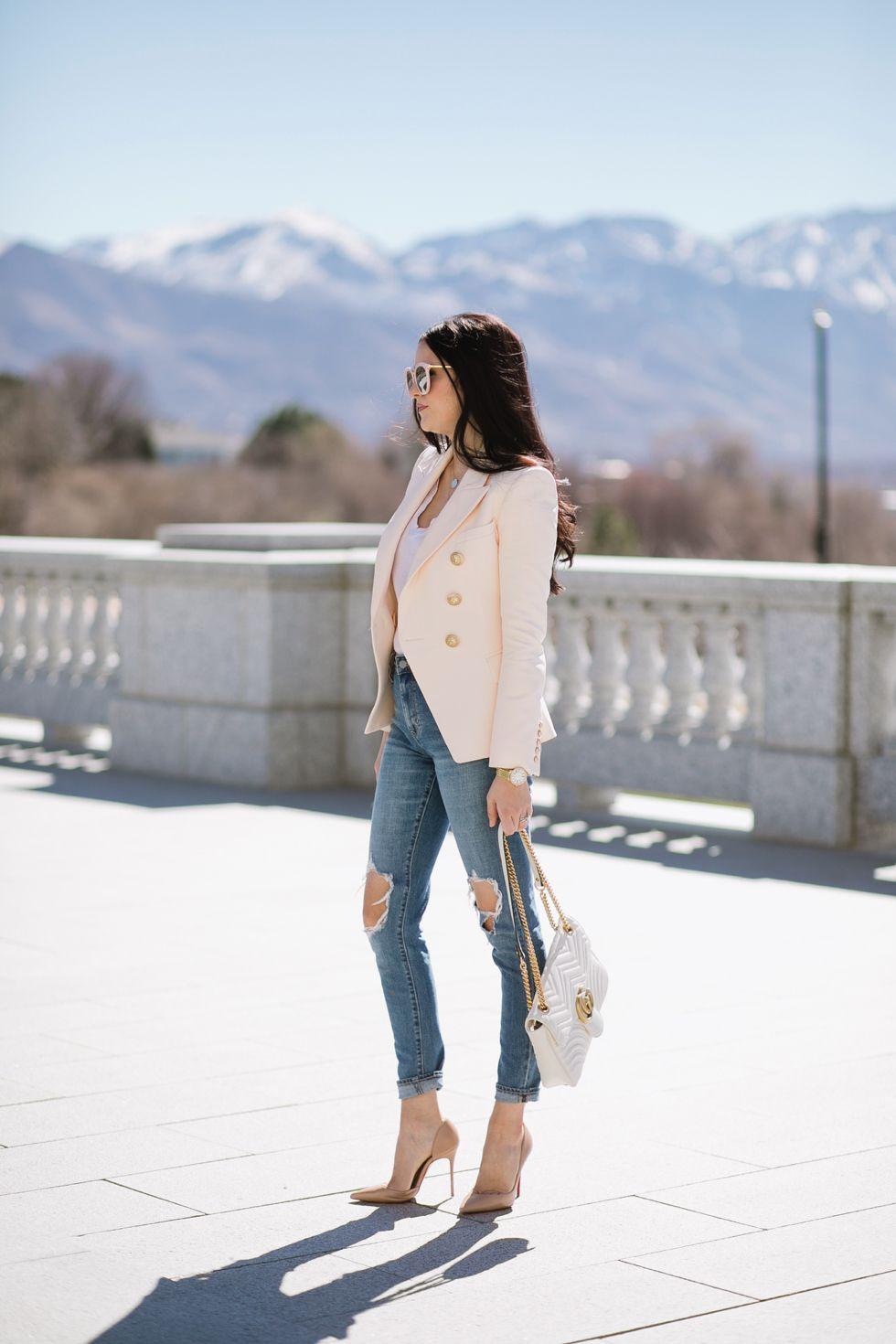 f1d1c8a6 Pink | AJS Parisian Inspo | Pink blazer outfits, Fashion, Balmain blazer