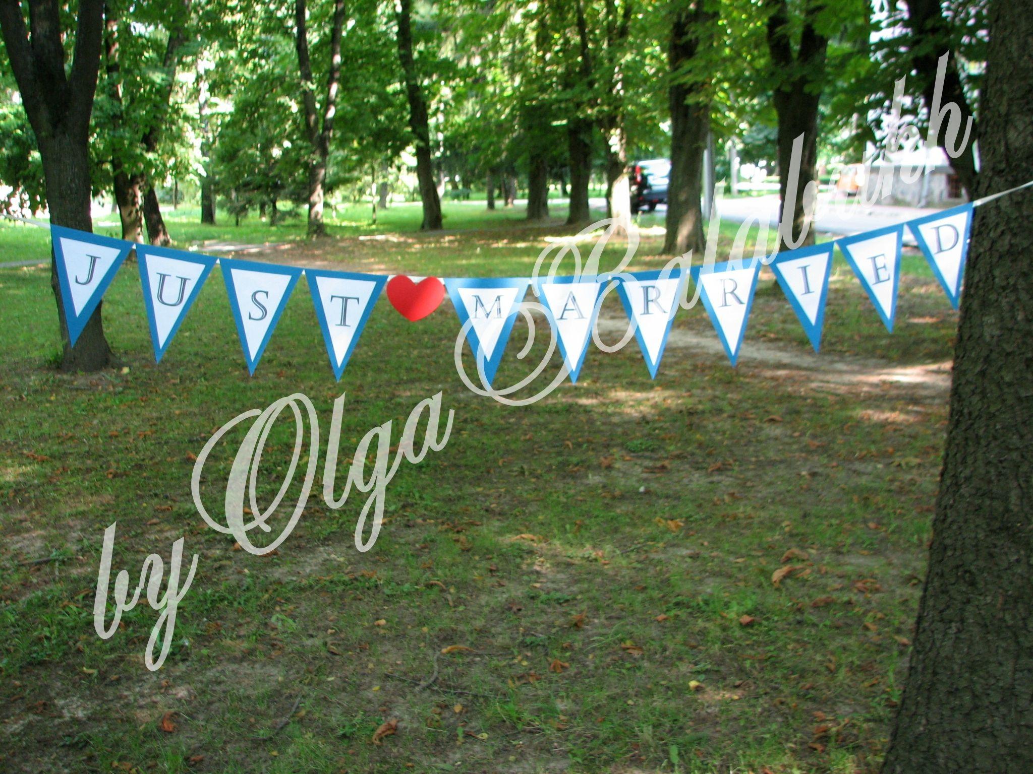 Wedding garland Just married