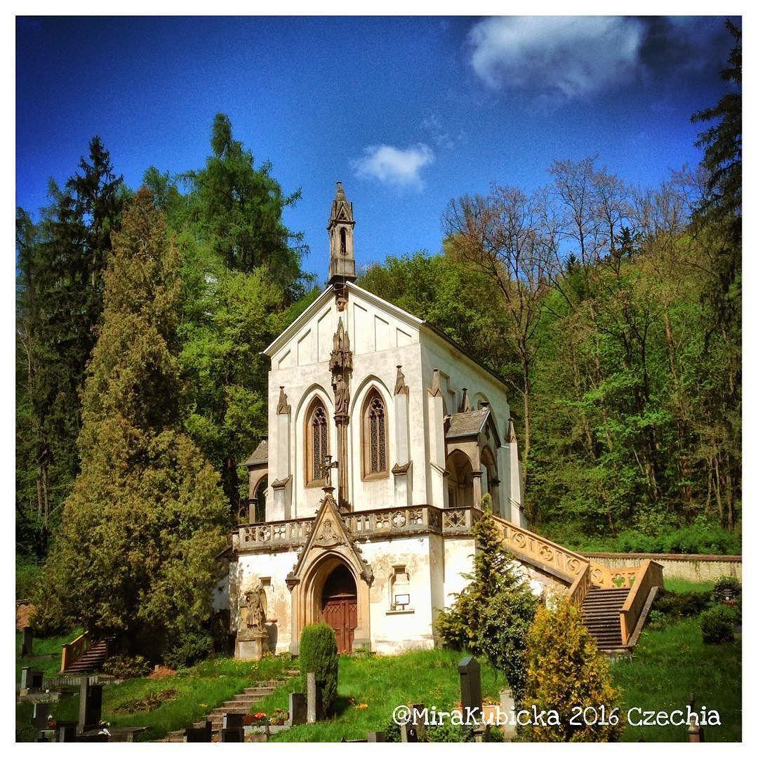 #2016 #castle #cemetery #history #heritage #art #sculpture #statue #forest #czech #cz #czechia #czechrepublic #česko #české #českárepublika #svatyjanpodskalou #turista #photography #photo