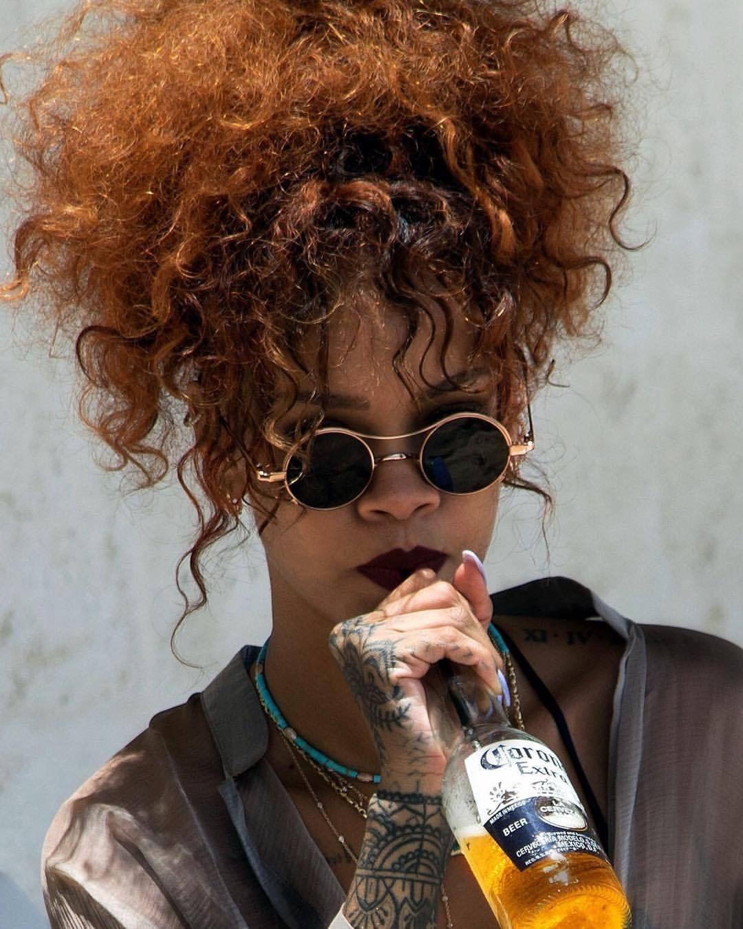 Pin by sydney jackson on RiRi!!!! | Rihanna fenty, Rihanna