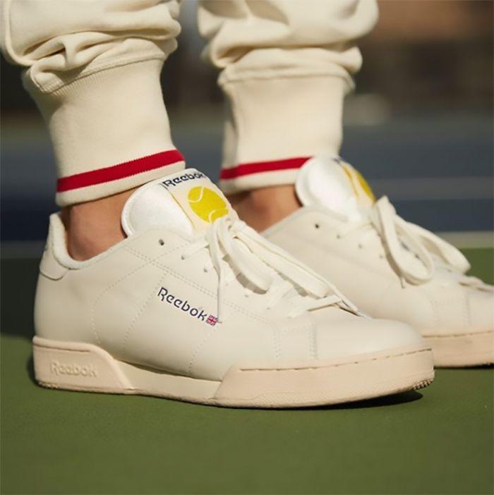 fb4cc27401 Reebok Classics revive tênis queridinhos dos anos 90