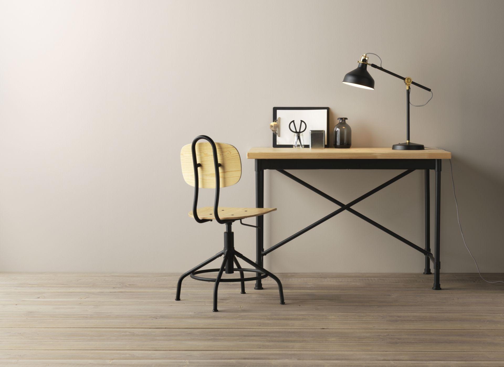 Kullaberg bureau grenen zwart bureaus grenen en ikea - Tom dixon catalogus ...