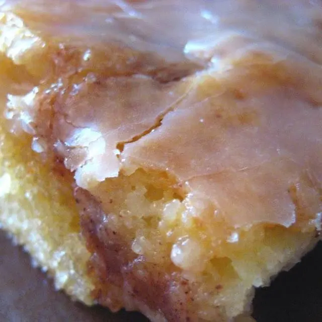 Honey Bun Cake Recipe Yummly Recipe In 2020 Honey Buns Desserts Honey Bun Cake