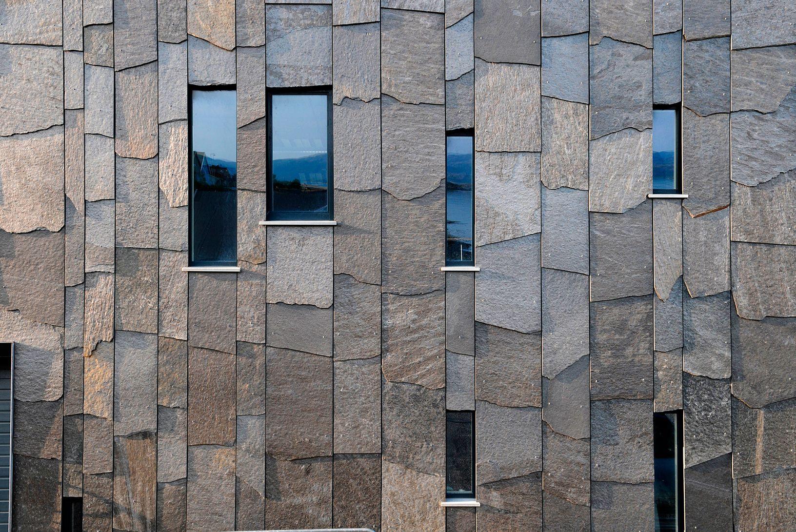 Особенности применения гранита для наружной отделки фасада