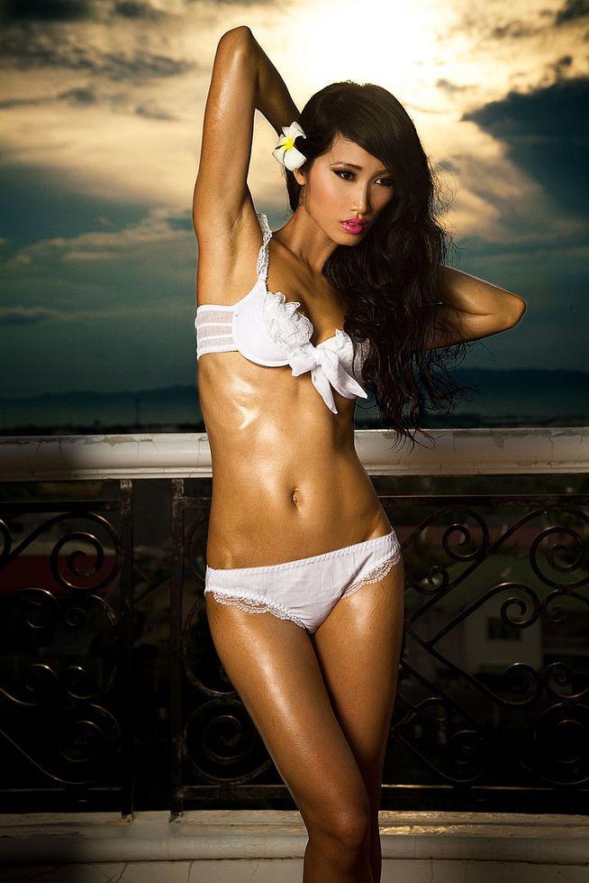Marica Hase Leyla Black