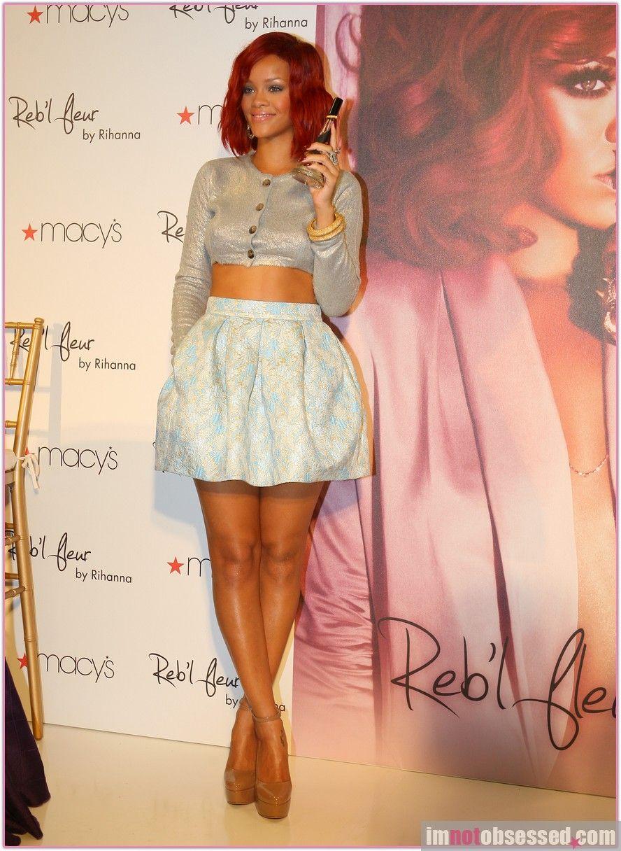 Rihanna ~ Love this outfit! | BELLEZASS | Pinterest | Rihanna ...