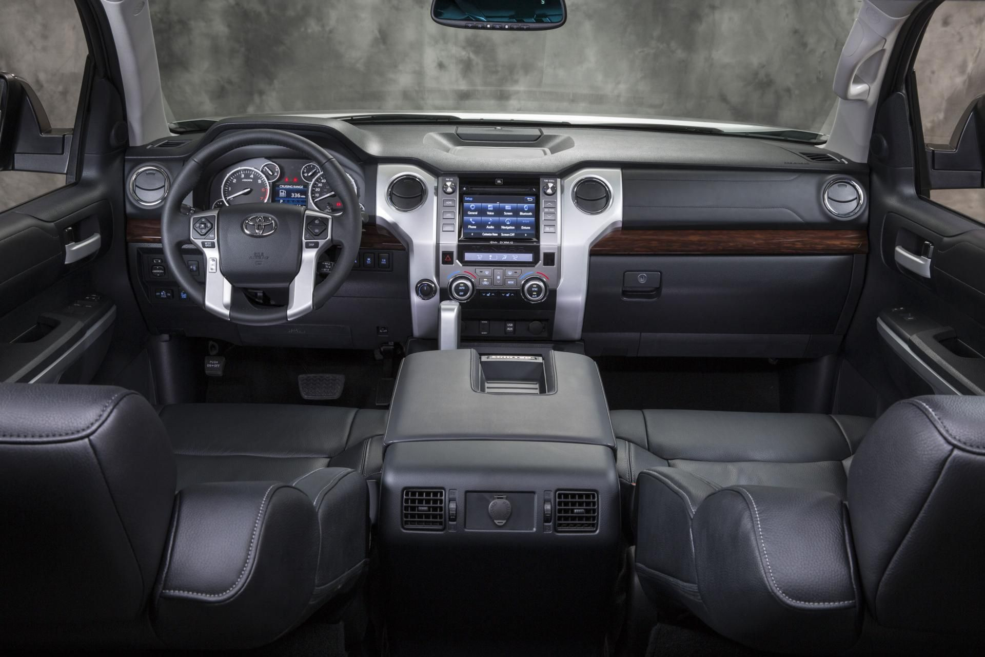 Toyota Tundra 2017 Interior
