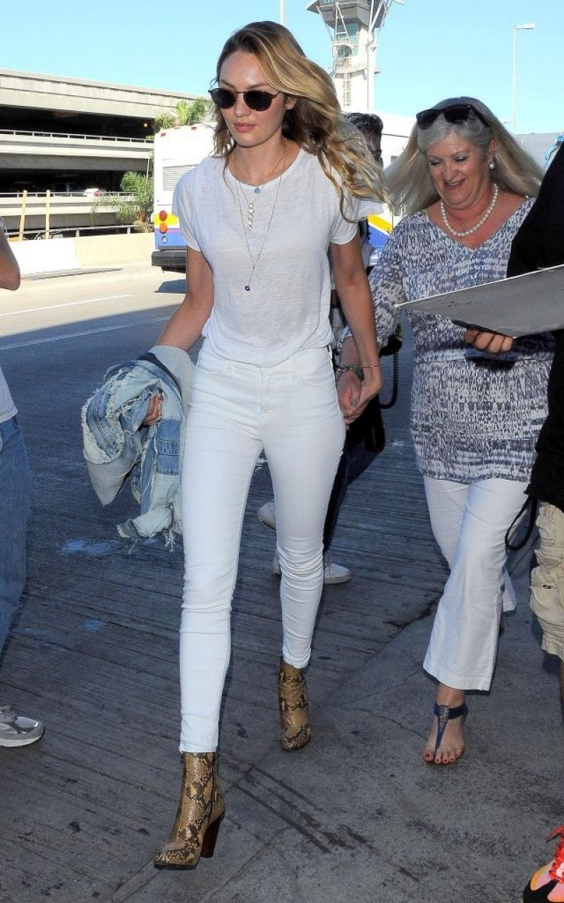 Candice Swanepoel Style At Lax In 2020 Candice Swanepoel Style Candice Swanepoel Street Style Modern Women S Clothing